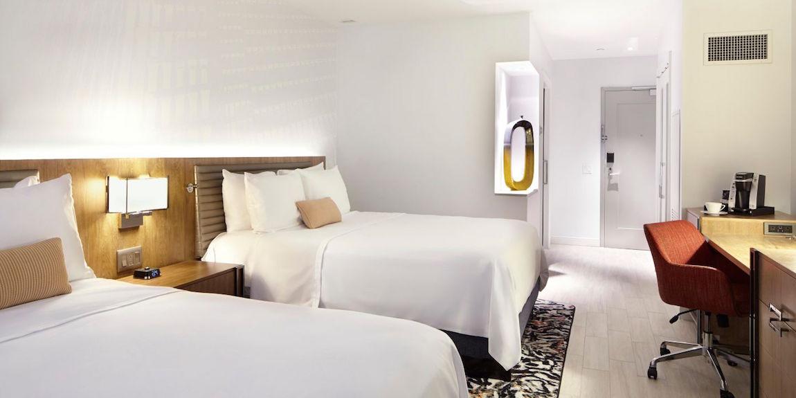 hotel-indigo-atlanta-interior